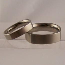 Forlovelsesringe og vielsesringe titanium